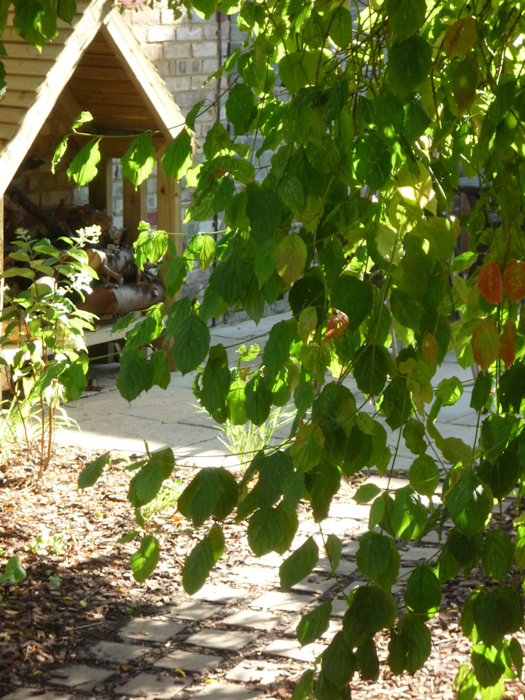 Wood Store Fenton Roberts Garden Design Garage / Hangar