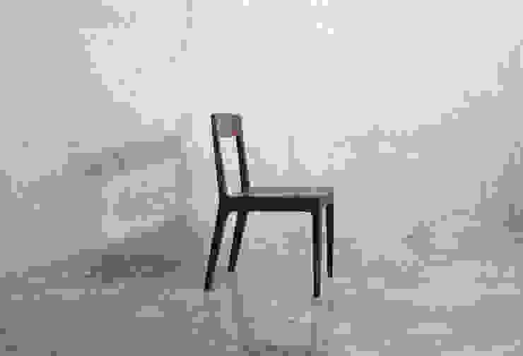 J1 chair: JEONG JAE WON Furniture 정재원 가구의 현대 ,모던