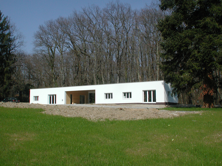 by [GAA] GUENIN Atelier d'Architectures SA Сучасний