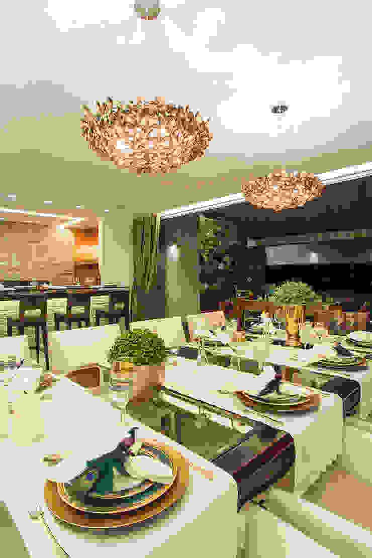 SALA DE JANTAR Salas de jantar modernas por Studio Karla Oliveira Moderno