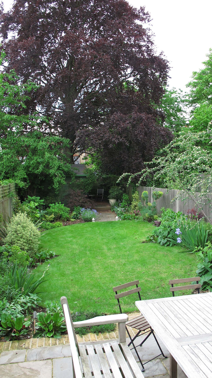Lawn and Borders Rustic style garden by Fenton Roberts Garden Design Rustic