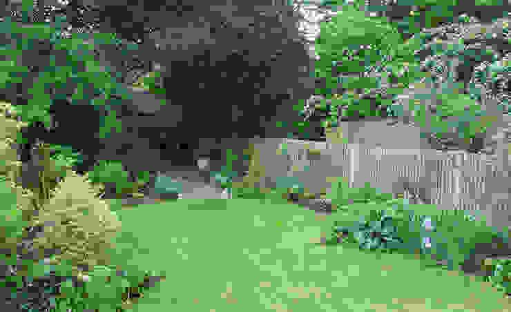 Garden by Fenton Roberts Garden Design