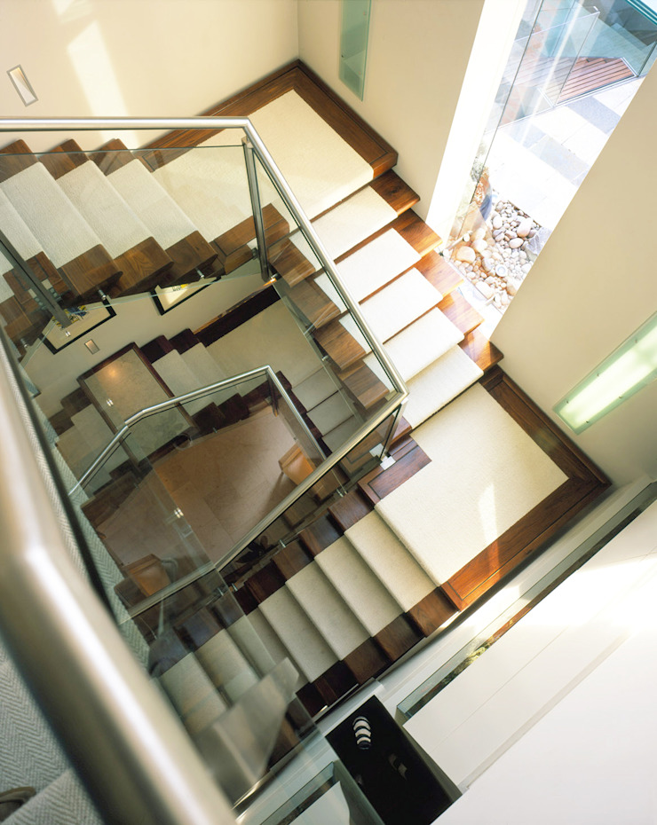 Holford Road 1 Modern corridor, hallway & stairs by KSR Architects Modern