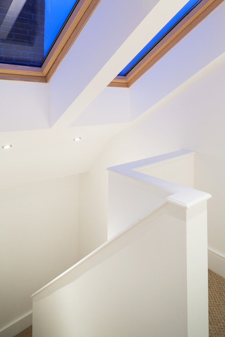 Gipsy Hill Modern corridor, hallway & stairs by Granit Architects Modern