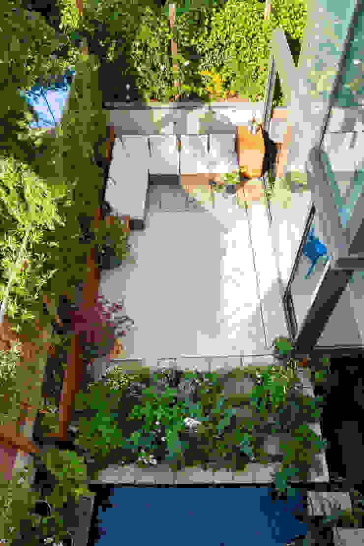 Green Retrofit, Lambourn Road Modern garden by Granit Architects Modern