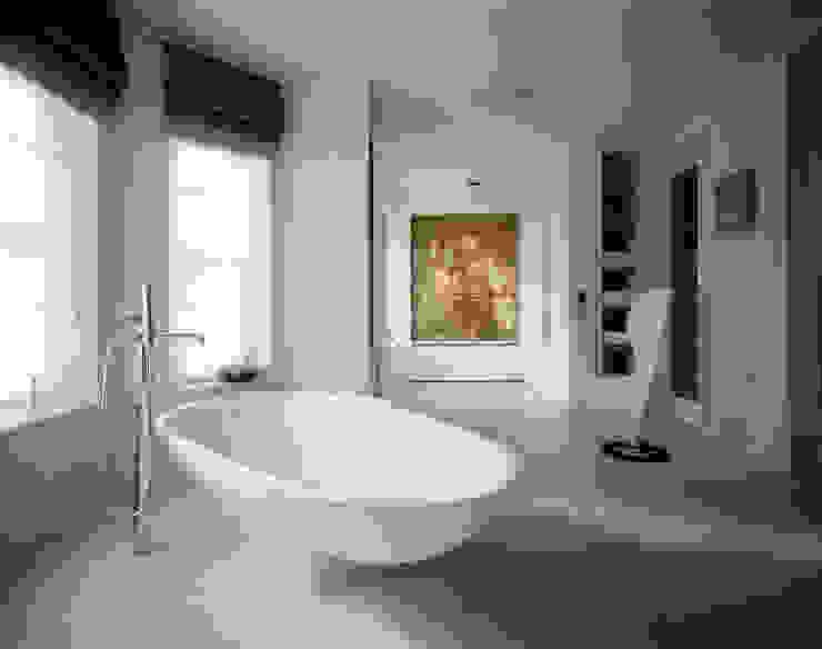 Thurlow Road 2 Minimalist style bathroom by KSR Architects Minimalist