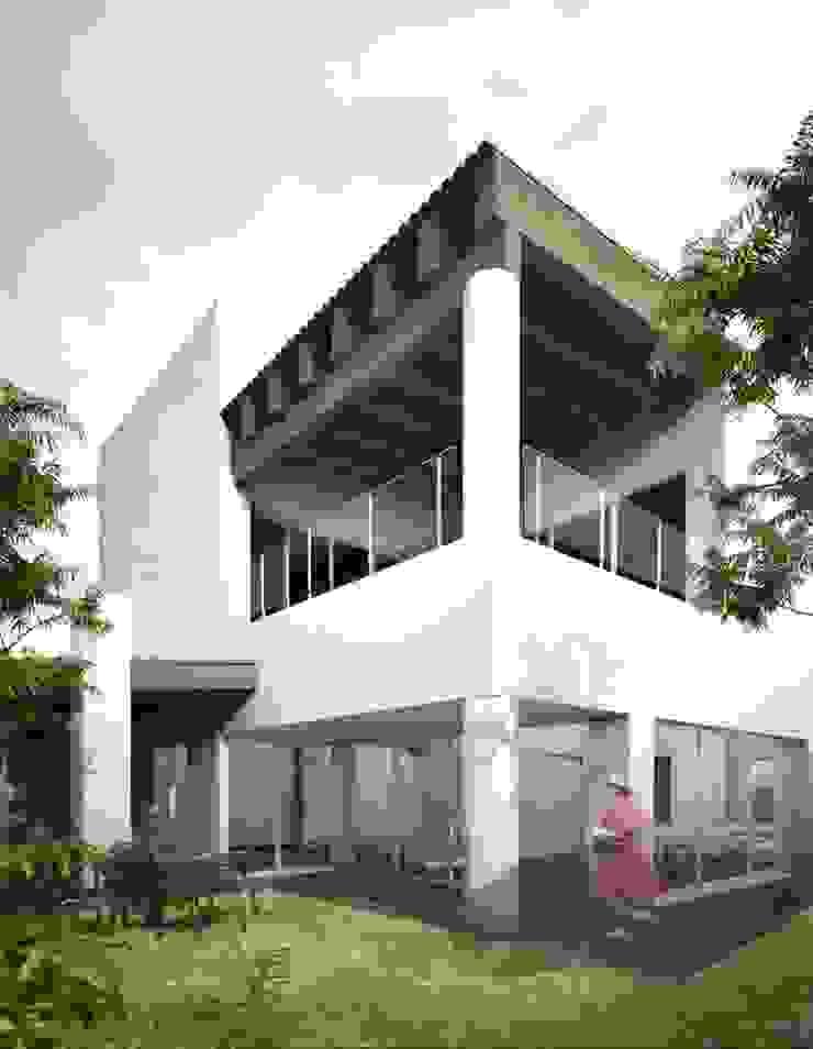 Amanali I Casas modernas de REA + m3 Taller de Arquitectura Moderno