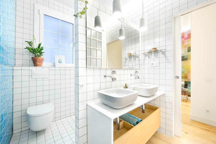 Scandinavian style bathrooms by Egue y Seta Scandinavian