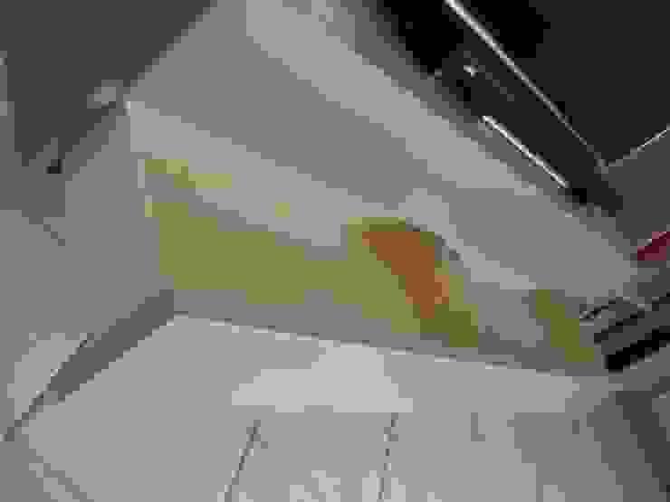 Ristrutturazione Appartamento – Caselle di Selvazzano (PD) di Simone Battistotti - SB design Moderno