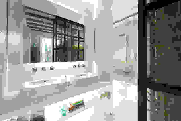 Casas de banho  por Egue y Seta,
