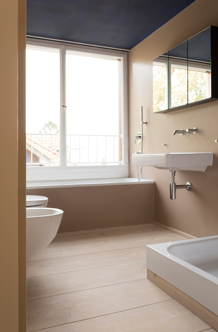 Classic style bathroom by pur natur Classic