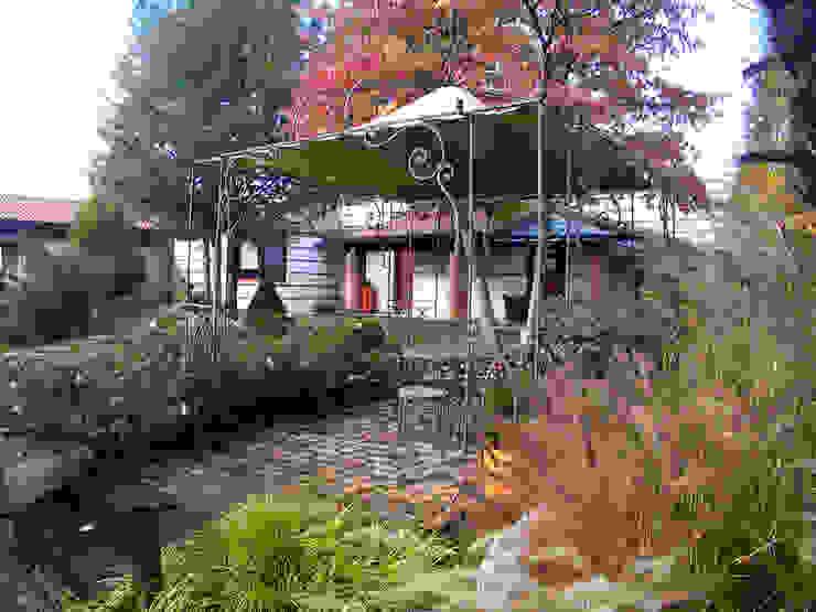 Vườn phong cách chiết trung bởi Lugo - Architettura del Paesaggio e Progettazione Giardini Chiết trung