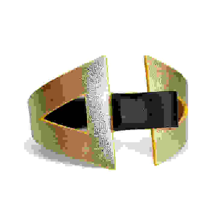 """""""Eva"""" - Bracelet en cuir réversible par CAMILLE ROUSSEL Moderne"""
