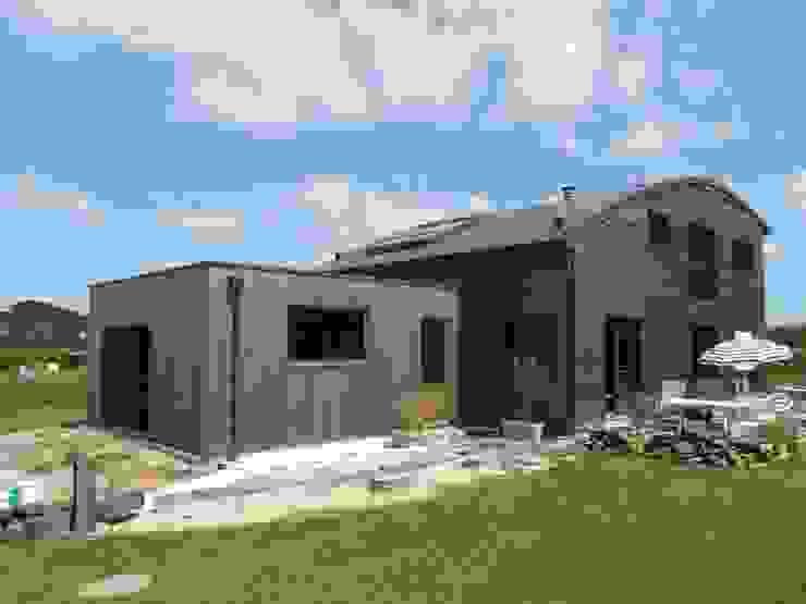 Quelques réalisations de maisons bioclimatiques dessinées ces dernières années Maisons modernes par GUENNOC Soizic Moderne