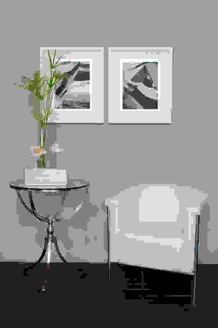 Velero Paredes y suelos de estilo minimalista de LA CASA DE LOS CUADROS Minimalista
