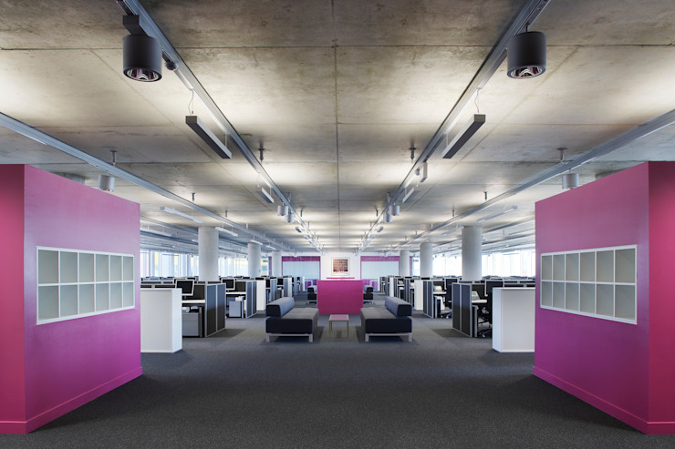 Talk Talk Modern office buildings by Hitch Mylius Modern