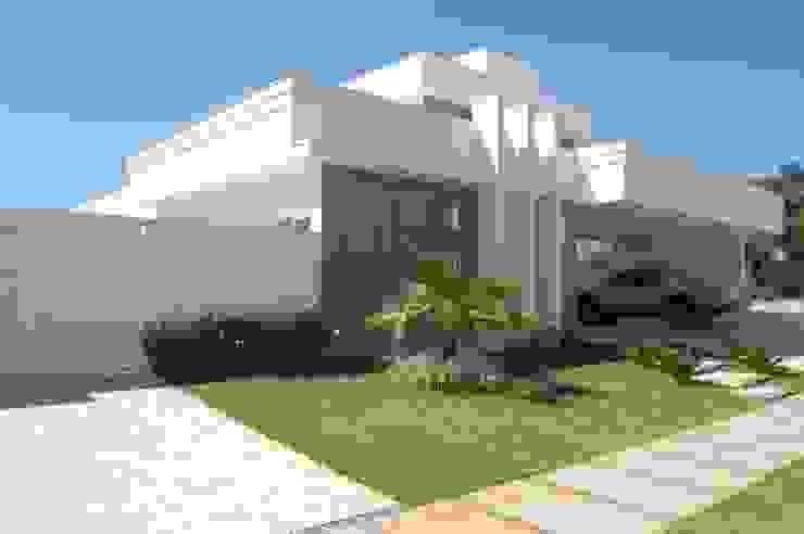 Casa Irani Casas modernas por arquiteto Moderno
