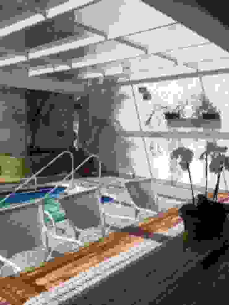 Modern Pool by arquiteto Modern