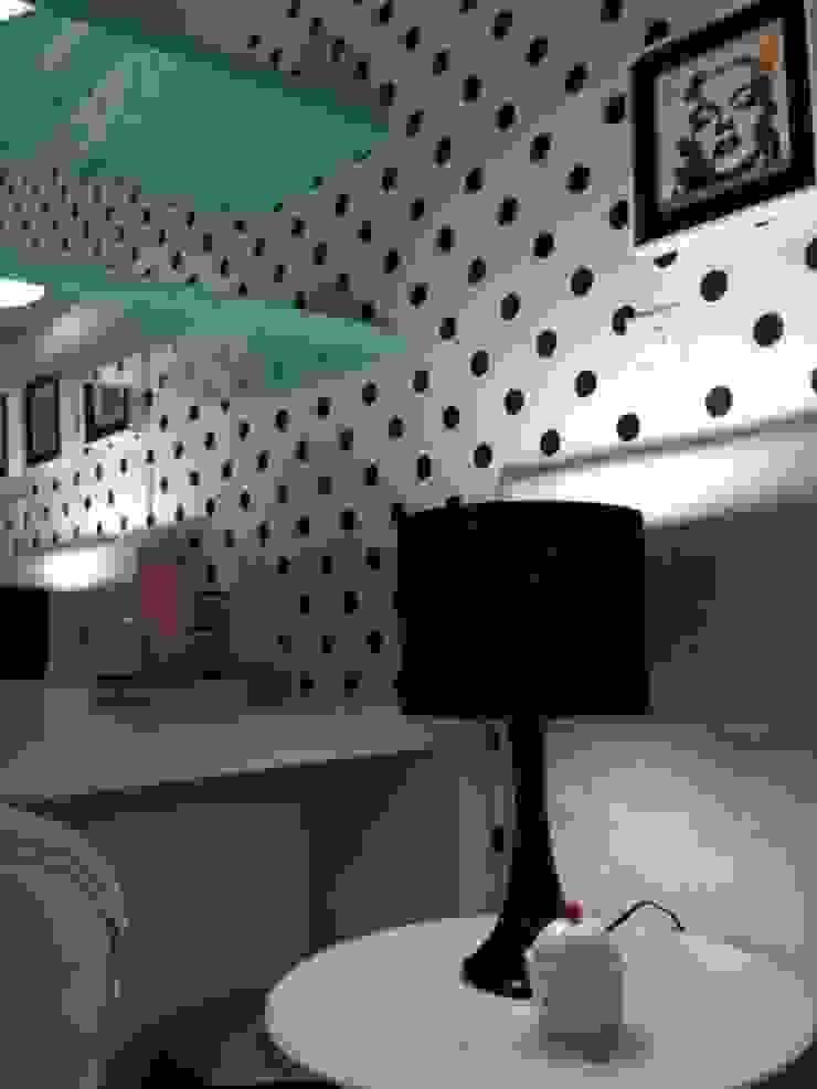 Fifties Quartos modernos por Studio Fabrício Roncca Moderno