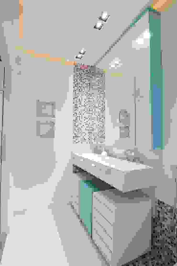 Banheiro Banheiros modernos por Studio Fabrício Roncca Moderno