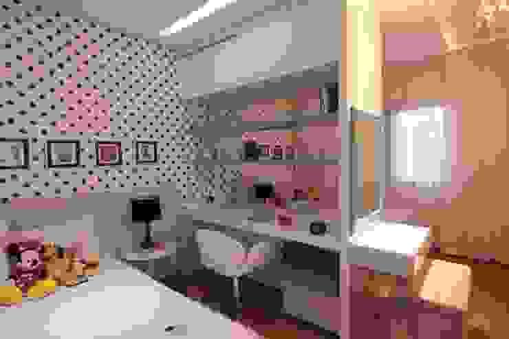 Quarto das Meninas Quartos modernos por Studio Fabrício Roncca Moderno