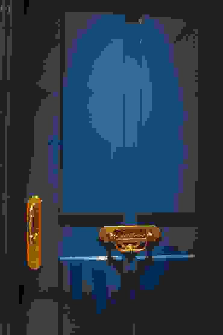 Apartamento Visconde da Luz Janelas e portas clássicas por Rachel Nakata Arquitetura Clássico