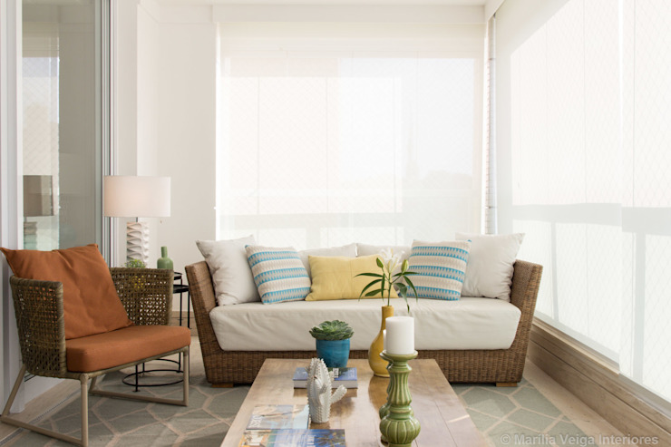 Marilia Veiga Interiores Modern balcony, veranda & terrace