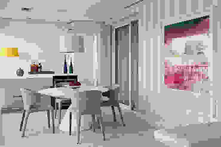 Marilia Veiga Interiores Balkon, Beranda & Teras Modern