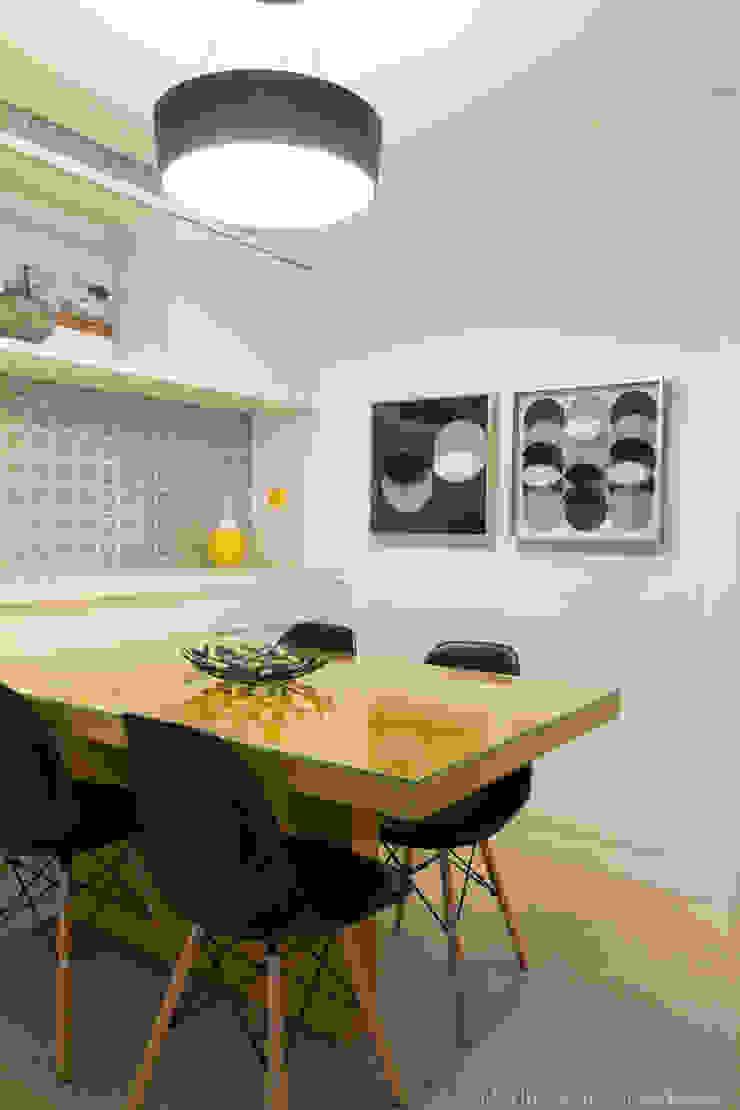 Marilia Veiga Interiores Modern kitchen