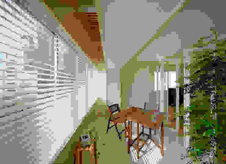 Scandinavian style conservatory by UZU Scandinavian