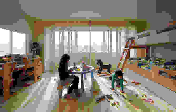 5階住居/子供部屋 窓際のインナーバルコニー 北欧デザインの 子供部屋 の UZU 北欧