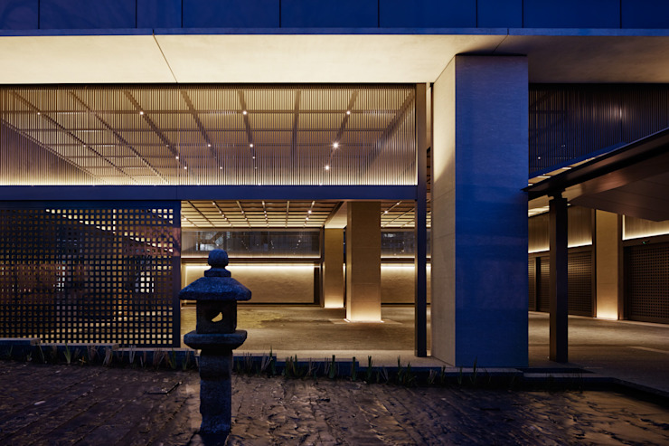 Parking Area アジア風ホテル の WORKTECHT CORPORATION 和風