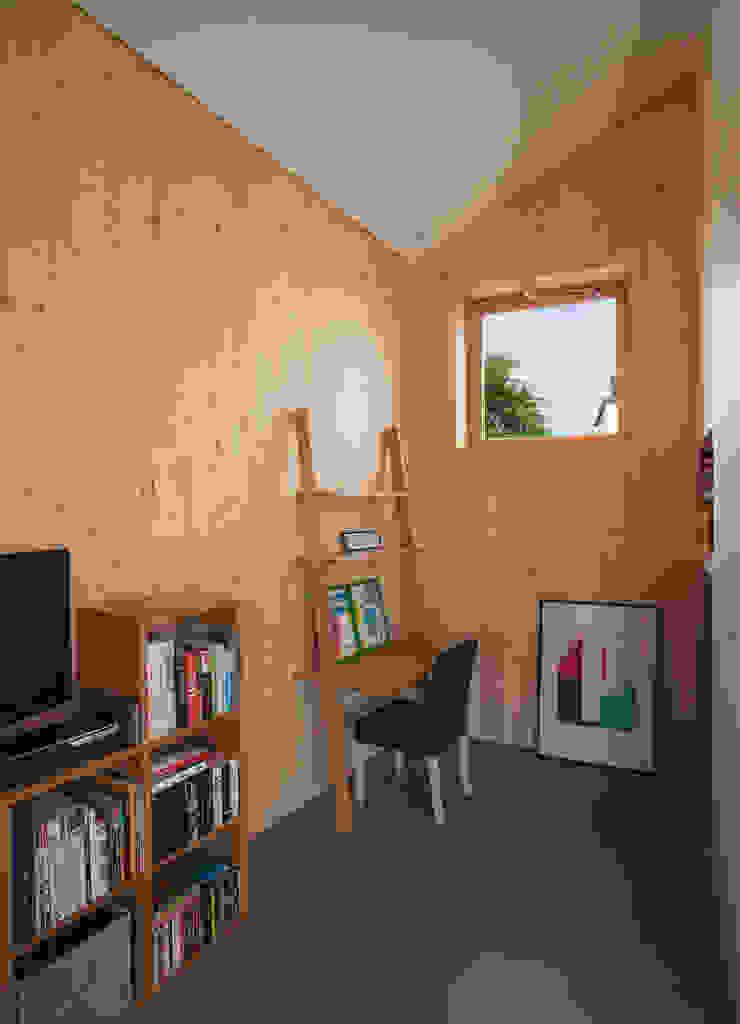Comme un instrument de bois – maison MODU Bureau minimaliste par mfa - mélaine ferré architecture Minimaliste