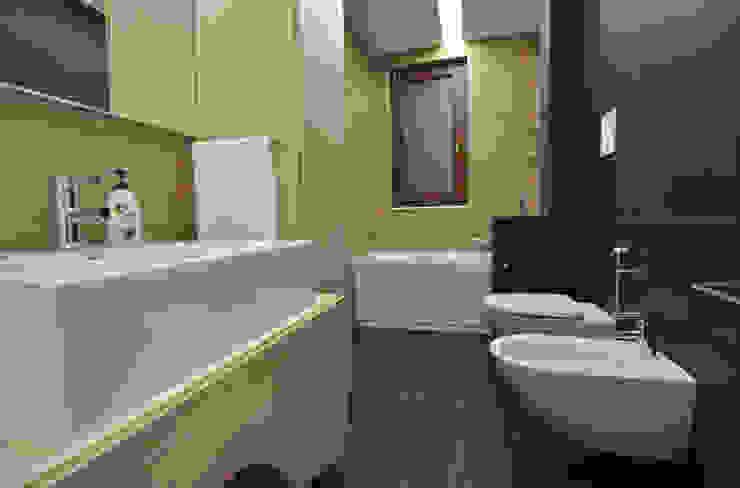 Ванная комната в стиле модерн от Marco Stigliano Architetto Модерн