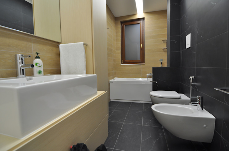 Modern Bathroom by Marco Stigliano Architetto Modern