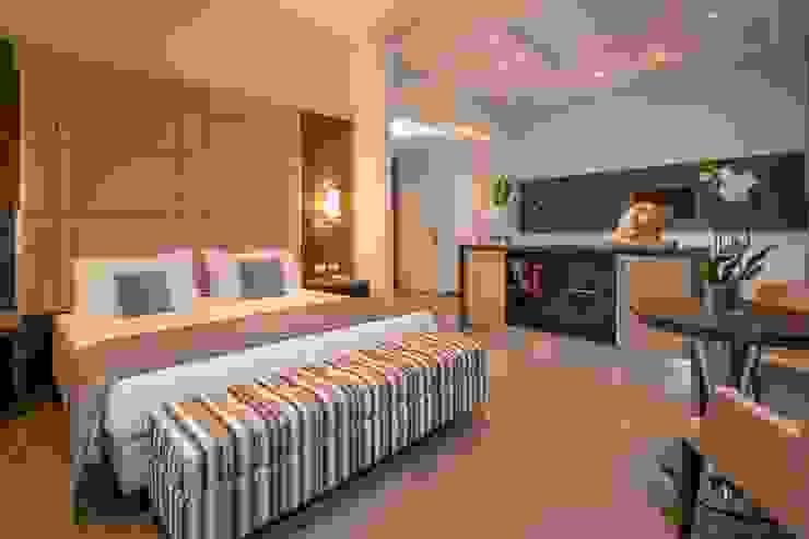 Hearth Hotel Roma Hotel in stile minimalista di studio callocchia: architettura-design-comunicazione Minimalista