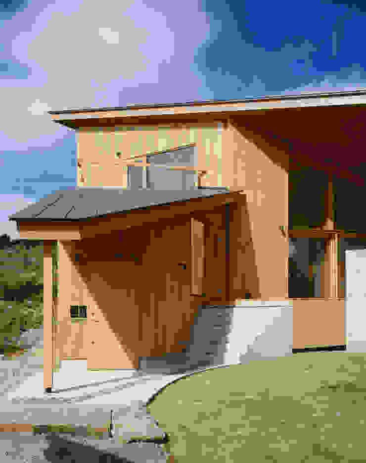 Villa Boomerang 森吉直剛アトリエ/MORIYOSHI NAOTAKE ATELIER ARCHITECTS 現代房屋設計點子、靈感 & 圖片