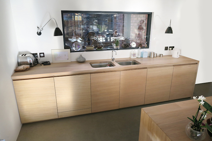 Contemporary Kitchen Minimalist kitchen by NAKED Kitchens Minimalist