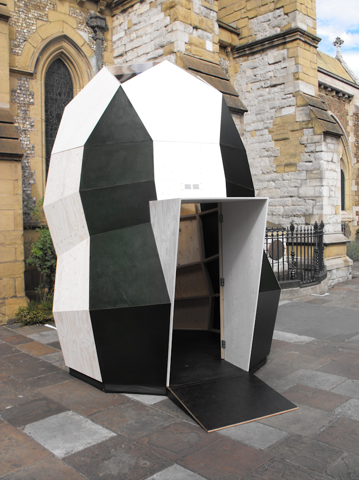 Modular pod at Southwark Cathedral by OS31 Modern