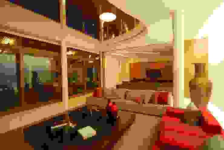Moderner Multimedia-Raum von Mascarenhas Arquitetos Associados Modern