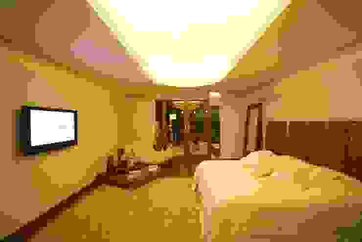 Moderne Schlafzimmer von Mascarenhas Arquitetos Associados Modern
