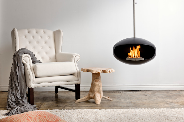 Cocoon Aeris Fireplace Moderne woonkamers van Wharfside Furniture Modern