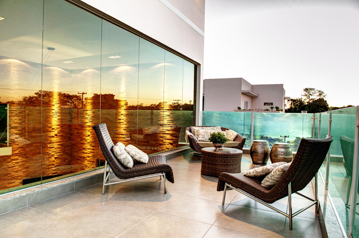 Balcones y terrazas modernos de Renato Lincoln - Studio de Arquitetura Moderno