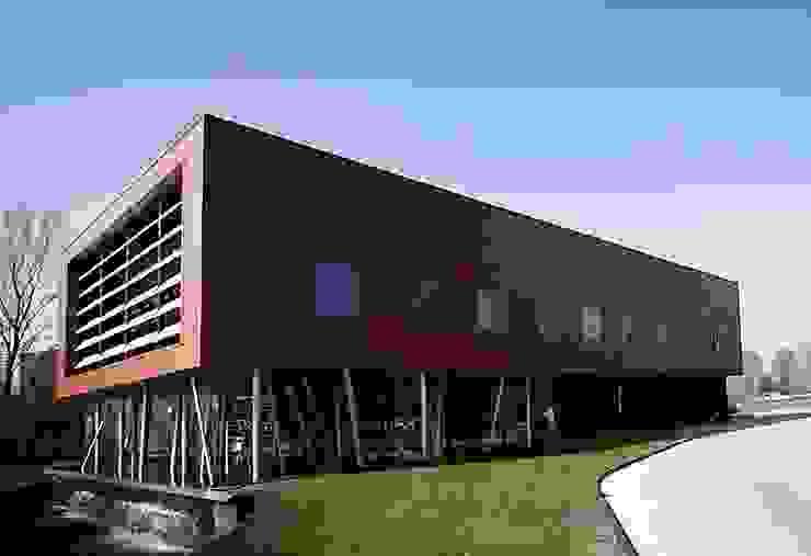 leisurecenter Rules for Health Industriële gezondheidscentra van Archivice Architektenburo Industrieel