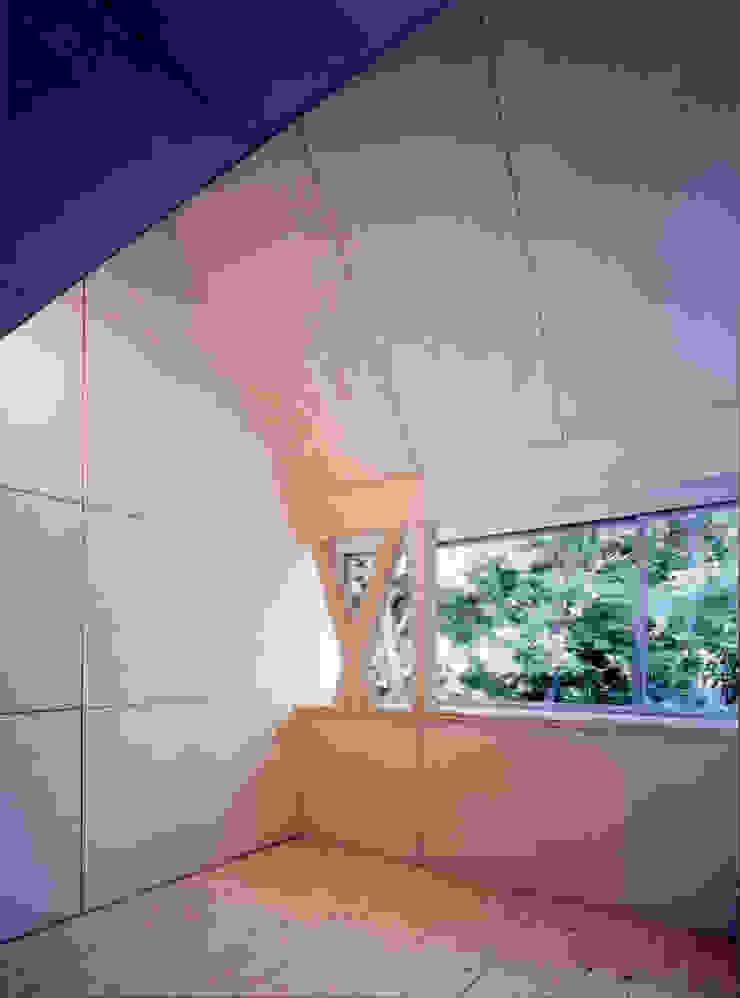 K&K-HOUSE 寝室 ミニマルスタイルの 寝室 の M4建築設計室 ミニマル