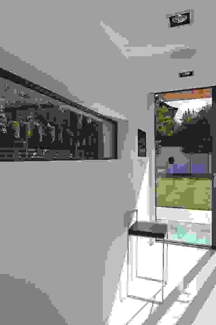 Greystones Modern kitchen by Nicolas Tye Architects Modern