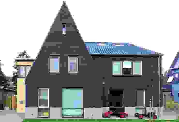 Gezinshuis De Glind Moderne huizen van Archivice Architektenburo Modern