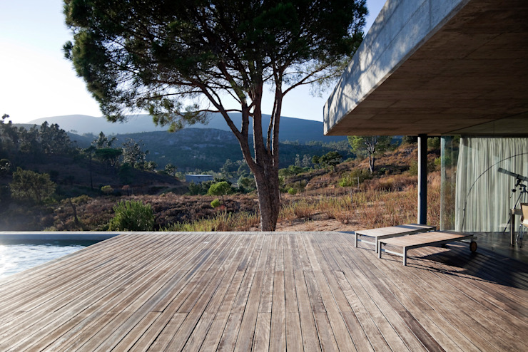 Casa em Pedrogão Casas minimalistas por Phyd Arquitectura Minimalista