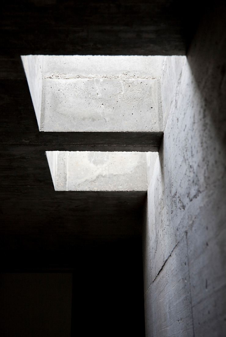 Minimal style window and door by Phyd Arquitectura Minimalist