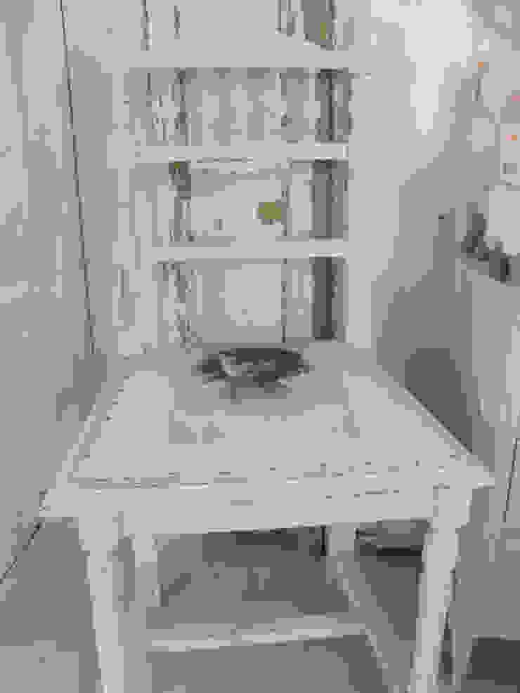 lief klein stoeltje van gustaviaans vintage homestyle Rustiek & Brocante